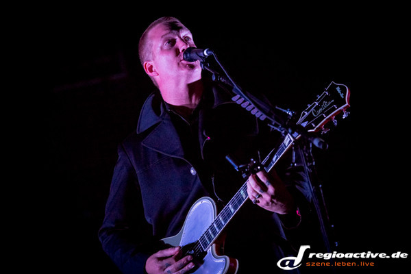 live am festivalfreitag in neuhausen ob eck - Southside Festival 2013: Fotos von Queens Of The Stone Age