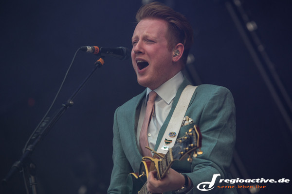 live am festivalfreitag in neuhausen ob eck - Southside Festival 2013: Fotos von Two Door Cinema Club